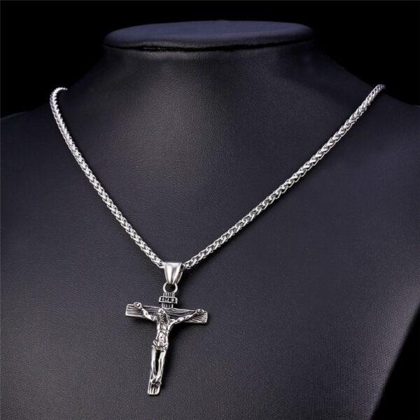 Collier homme croix de jésus