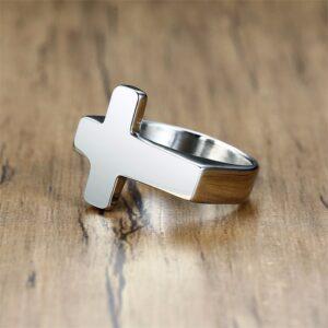 Bague forme croix