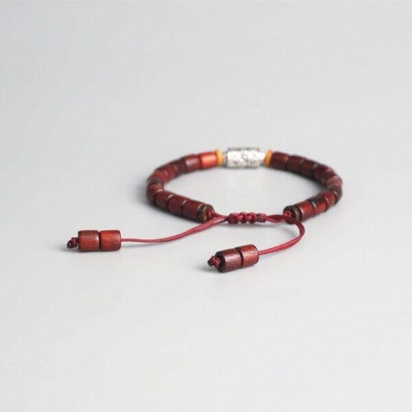 Bracelet tibétain bois nuance rouge