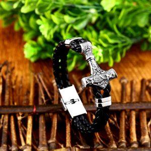 bracelet de viking avec tresses en cuir