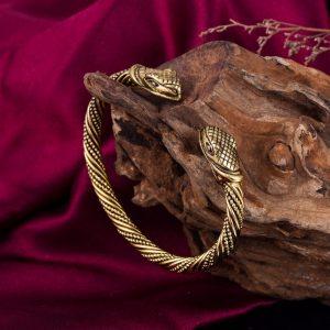 Bracelet jonc serpent couleur or