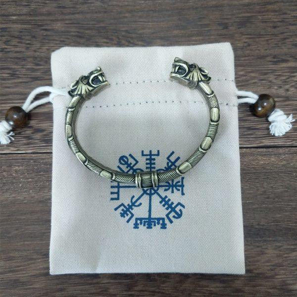 Bracelet jonc viking avec pochette