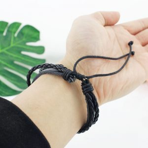 Bracelet tribal poignet cuir