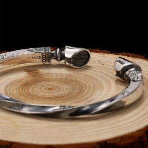 Bracelet viking en argent massif