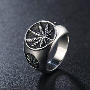 Chevaliere homme cannabis couleur argenté
