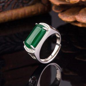 Chevaliere homme pierre de jade